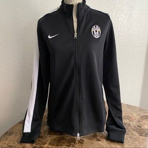 Nike Juventus zipper team warm up jacket